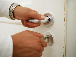 SOS-Tipps für das klemmende Türschloss
