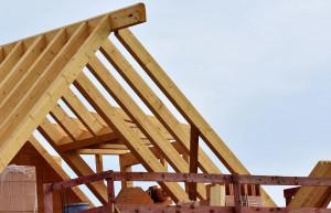Geld sparen beim Hausbau: Diese Dinge kann man selbst in die Hand nehmen