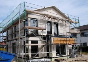 Bild: ROHBAU bei BÄRENHAUS  Bauweise: Fertighaus, industrielle Vorfertigung Bauart: Holzhaus, Fachwerk