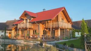 Bild: Blockhaus Bauweise: Fertighaus, industrielle Vorfertigung Bauart: Holzhaus, Fachwerk
