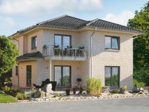 Bild: Solitüde Bauweise: Bau vor Ort, traditioneller Hausbau Bauart: Holzhaus, Fachwerk