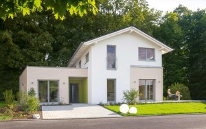 Bild: Haas MH Bad Vilbel J 142 Bauweise: Fertighaus, industrielle Vorfertigung Bauart: Holzhaus, Holztafelbau