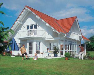Bild: Haus Hohenlohe Bauweise: Fertighaus, industrielle Vorfertigung Bauart: Holzhaus, Fachwerk