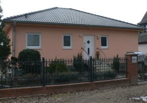 Bild: Grünau Bauweise: Bau vor Ort, traditioneller Hausbau Bauart: Massivhaus, Ziegelsteine