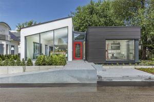 Bild: Musterhaus Fellbach Bauweise: Fertighaus, industrielle Vorfertigung Bauart: Holzhaus, Fachwerk