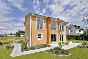 Bild: Satteldach Klassik 166 Bauweise: Fertighaus, industrielle Vorfertigung Bauart: Holzhaus, Fachwerk