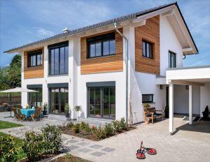 Bild: Glonn Bauweise: Fertighaus, industrielle Vorfertigung Bauart: Holzhaus, Holztafelbau