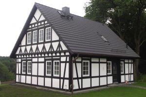 Bild: FH 130  Bauart: Holzhaus, Blockhaus